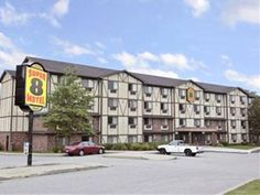 Groton (CT) Super 8 Motel - Groton/Foxwoods/Mohegan Sun United States, North America Set in a prime location of Groton (CT), Super 8 Motel - Groton/Foxwoods/Mohegan Sun puts everything the city has to offer just outside your doorstep. The property features a wide range of facilities to make your stay a pleasant experience. Take advantage of the hotel's car park, business center, elevator, laundry service/dry cleaning. Guestrooms are designed to provide an optimal level of comf...