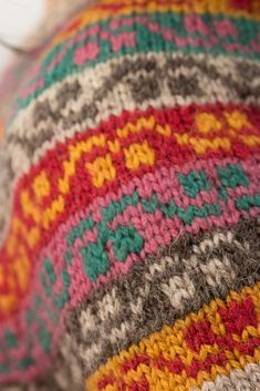 Miss Rachel's yoke and gauntlets (a closer look!) – KDD & co Knitting Projects, Knitting Patterns, Have A Lovely Weekend, Fair Isle Pattern, Fair Isle Knitting, How To Make Paper, Paper Dolls, Swatch, Knit Crochet
