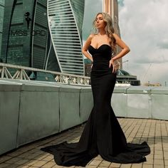 Missord Sexy wrapped chest asymmetric maxi dress party dress Oh just take a look at this! Prom Party Dresses, Sexy Dresses, Evening Dresses, Dress Party, Black Mermaid, Mermaid Gown, Lady, Strapless Dress Formal, Sexy Women