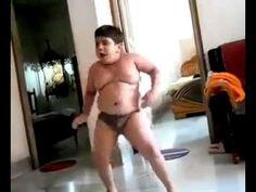 Talented Fat kid Dancing to Dhinka Chika - Superfunny