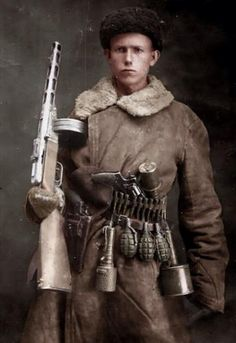 World war Soviet soldier with a submachine gun PPSh a revolver Nagan and grenades. Military Photos, Military History, Red Army, Historical Photos, World War Ii, Wwii, Guns, Submachine Gun, Grenades