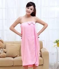 Resultado de imagen para pinterest bata de baño mujer Strapless Dress, Dresses, Fashion, Tela, Craft, Patron Robe, Bath Robes, Towels, Sewing Patterns