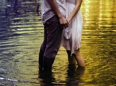 hand holding pictures that will rock your sox! | Things about love