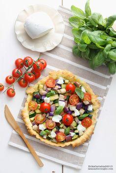 La tana del coniglio: Crostata salata con verdure saltate e mozzarella di bufala Pettinicchio