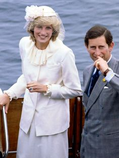 Diana, Princess of Wales Princess Diana Family, Royal Princess, Prince And Princess, Princess Of Wales, Lady Diana Spencer, Charles And Diana, Prince Charles, Diana Fashion, Fashion Idol