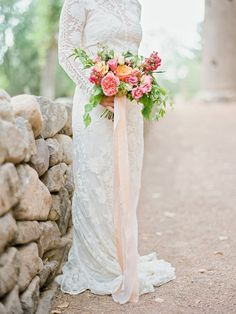 Pink and peach bouquet | Photography by Ryan Ray Photography | Floral Arrangement by Bristol Lane