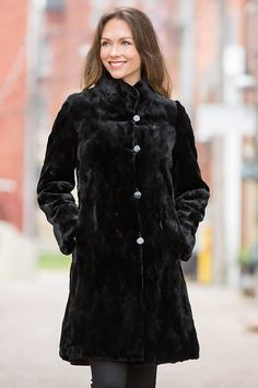 A dreamy coat to warm the season, the Sophie Reversible Mink Fur Coat surrounds you in luxury.