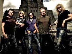 Def Leppard <3   (Photo by Ash Newell)
