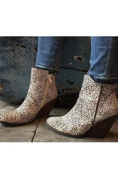 The Feverdream boot in dyed pony hair. With a flexible synthetic…