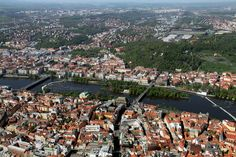 Shooters and Slavic islands in Prague