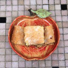 A rustic layered apple cake traditionally baked by Polish & Russian Jews for the fall holidays of Rosh Hashana, Yom Kippur, & Sukkot.