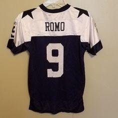 DALLAS COWBOYS TONY ROMO FOOTBALL JERSEY SIZE MED 10-12 YOUTH