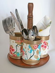 upcycled utensil caddy from a plant stand and tin cans, cleaning tips, crafts, repurposing upcycling upcycled crafts Silverware Caddy, Utensil Caddy, Utensil Racks, Upcycled Crafts, Diy Crafts, Kitchen Utensil Organization, Kitchen Utensils, Condiment Caddy, Tin Can Crafts