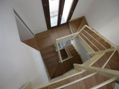 21 mq per tre livelli Loft, Shelves, Bed, Furniture, Home Decor, Lofts, Shelving, Stream Bed, Shelving Racks