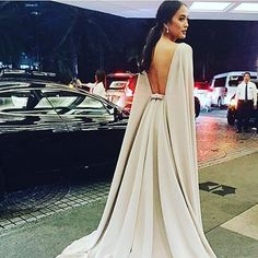 """Details on Isabella Dazas' creme gown for #StarMagicBall2015. Xx #VaniaRomoff"""
