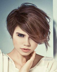 Épinglé par Nathalie Gibert sur coiffure Cheveux courts