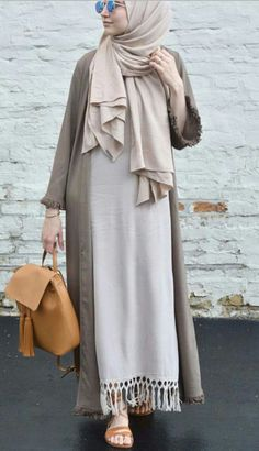 Dress hijab outer 60 ideas for 2019 Islamic Fashion, Muslim Fashion, Modest Fashion, Girl Fashion, Modest Wear, Modest Dresses, Modest Outfits, Casual Hijab Outfit, Hijab Chic