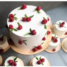 Cake Recipes, Dessert Recipes, Summer Cakes, Big Cakes, Blueberry Cake, Raspberry Cake, Pretty Cakes, Creative Cakes, Let Them Eat Cake