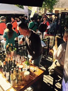 Stephen prepares some wine for eager tasters with the Dingle Carnival Band and On-Eyed Kings providing the entertainment at day 1 of the Dingle Food Festival 2016.