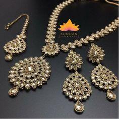 Elegant Antique Polki Necklace Set