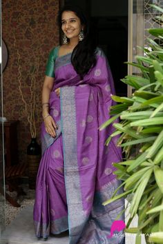 Wedding Silk Saree, Indian Bridal Lehenga, Latest Silk Sarees, Kanjivaram Sarees Silk, Silk Sarees Online Shopping, Simple Sarees, Modern Saree, Silk Saree Blouse Designs, Saree Trends