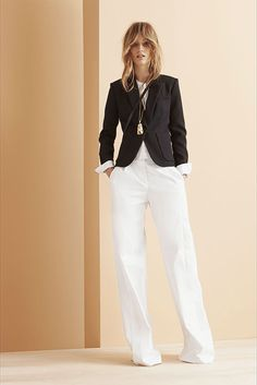 Maiyet Resort 2015 Fashion Show - Manuela Frey Style Work, My Style, French Style, Business Outfit Frau, Vogue, Resort 2015, Style Casual, White Pants, Fashion Show