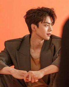 Handsome Korean Actors, Korean Male Actors, Korean Celebrities, Asian Actors, Song Kang Ho, Sung Kang, Pretty Boys, Cute Boys, Handsome Boy Photo