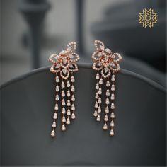 Exotic Diamond Jewellery Designs Of This Season! Real Diamond Earrings, Diamond Jewelry, Gold Jewelry, Diamond Jewellery Indian, Gold Drop Earrings, Indian Jewelry, Ear Jewelry, Fine Jewelry, Manubhai Jewellers
