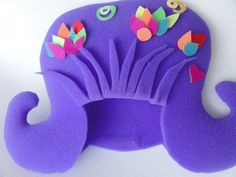 pelucas-cotillon Foam Crafts, Decor Crafts, Diy And Crafts, Crafts For Kids, Little Girl Costumes, Little Girl Halloween, Crazy Hat Day, Crazy Hats, Kids Wigs