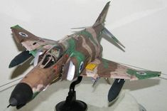 1:32 McDonnell Douglas F-4E Phantom II Fighter Free Aircraft Paper Model Download, 1:32 paper model, maybe good for RC 1:16 conversion.