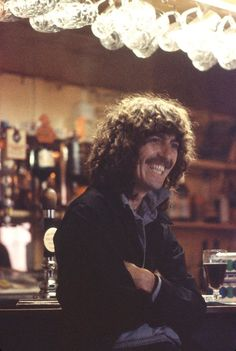 George Harrison [x] Photo by: Olivia. Olivia Harrison, George Harrison, Stevie Ray, The Fab Four, Old Soul, Robert Plant, Music Film, Video Film, Shows