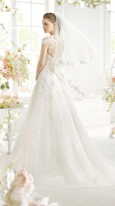 GABIL | Bridal Gowns | 2015 Collection | Avenue Diagonal (back)