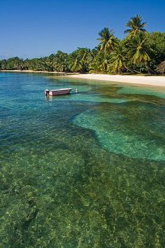 Sainte Marie Island, Madagascar ... Hope to see King Julien, Alex, Marty, Melman and Gloria here ;)
