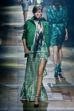 Colours AND texture. Incredible work. Lanvin SS 2014.