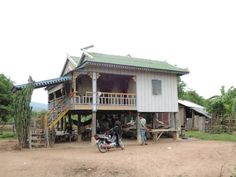 Khorn Khorn Homestay Chambok Khorn Khorn Homestay offers pet-friendly accommodation in Chambok. Private parking is available on site.  Rooms are fitted with a shared bathroom.  You will find a tour desk at the property.