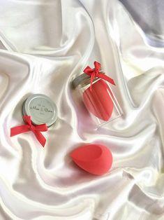 Best Beauty Blender, Beauty Blender How To Use, Base Makeup, Makeup Blending, Makeup Items, Makeup Products, How To Use Makeup, Beauty Sponge, Blenders