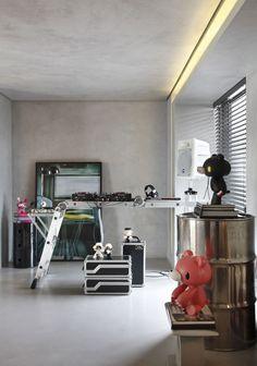 decoration with iron barrel - Pesquisa Google