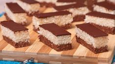 Posni rolat od kokosa i keksa — Domaći Recepti Coconut Recipes, Baking Recipes, Cookie Recipes, Dessert Recipes, Kolaci I Torte, Best Sweets, Torte Cake, English Food, English Recipes