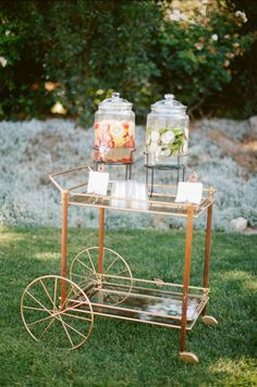 Vintage Cart Wedding Drink Station | photography by http://beauxartsphotographie.com/