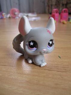 Littlest Pet Shop grey Chinchilla