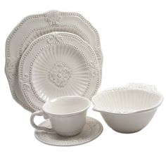 Create an elegant table-setting with this American Atelier baroque dinnerware set. This earthenware service for four features ornate detailing and a flat white color.