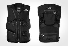 Hit the backcountry with the North Face Powder Guide Vest. This out-of-bounds vest lets you carry all your essentials without the addition of a secondary backpack. Tactical Wear, Tactical Clothing, Hipster Fashion, Mens Fashion, Groomsmen Vest, Nike Leather, Leather Armor, Waistcoat Men, Camping Outfits