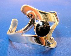 TAXCO CUFF BRACELET: Mexican Sterling & Onyx