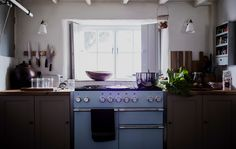 Get inspiration from a traditional country kitchen - take a tour of Rebecca's home on IKEA.com #IKEAIDEAS #kitchen