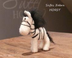 Süßes Zebra HORST, handgefilzt von Filz-Michel via dawanda.com