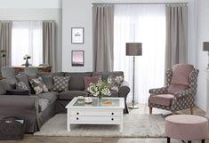 Obývačka v jemnej sivej farbe doplnená ružovou farbou.  #gardenia#siva#ruzova#obyvacka#kreslo#podnozka#zavesy#potah#ikea Sofa, Couch, Sophisticated Style, Modern Design, Curtains, Living Room, Interior Design, Furniture, Floral Flowers