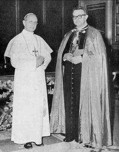 Dom Geraldo de Proença Sigaud, Arcebispo de Diamantina-MG, encontrou-se com o Papa Paulo VI em março de 1964, e entregou-lhe um pedido dos Padres Conciliares para que se consagrasse o mundo (e em especial os países comunistas) ao Imaculado Coração de Maria. No documento havia também a exortação para que cada bispo, em sua diocese, fizesse o mesmo.