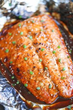 Salmon in Foil - The best and easiest way to make salmon in foil - and you won't believe how much flavor is packed right in!Asian Salmon in Foil - The best and easiest way to make salmon in foil - and you won't believe how much flavor is packed right in! Salmon Recipes, Fish Recipes, Seafood Recipes, Asian Recipes, Dinner Recipes, Cooking Recipes, Healthy Recipes, Dinner Ideas, Cooking Foil