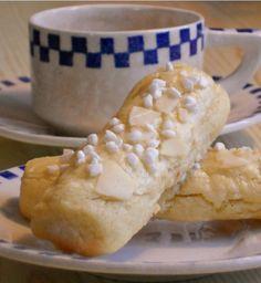 milanopinne milanostänger Soup Recipes, Dessert Recipes, Cooking Recipes, Recipies, Grandma Cookies, Sweet Bakery, Candy Cookies, Swedish Recipes, Pavlova