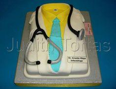 Torta modelada Bata de Médico/